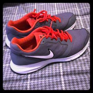 Nike Men's size 9.5